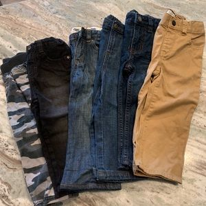 Bundle of 2T Jeans / Pants!